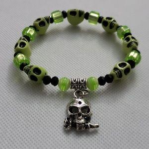 🆕 NWT Handmade 3D Green Skull bracelet Halloween